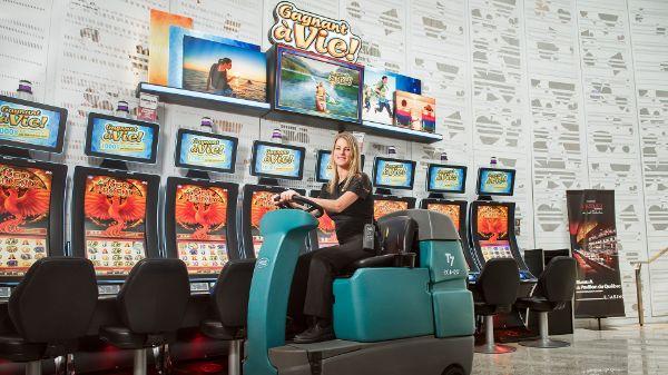 Casino de montreal offre emploi colour balls 2 player games